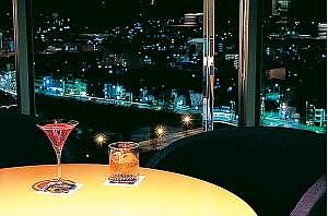 京都ホテル大倉のラウンジから見る夜景