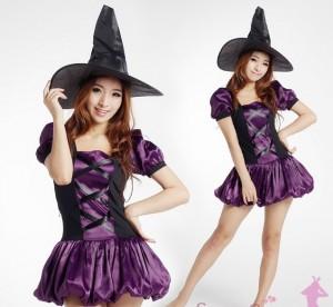ハロウィンにセクシーな魔女のコスプレ画像