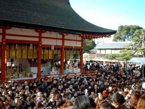 初詣で伏見稲荷大社に来るさいの混雑
