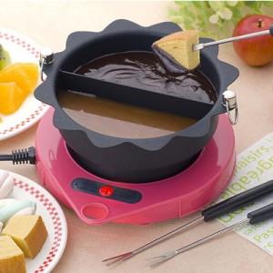 バレンタインパーティーにおすすめのレシピで使うチョコフォンデュ鍋