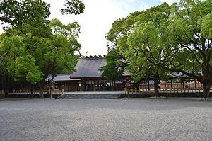七五三の時期に混雑する熱田神宮
