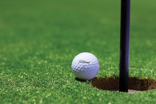 ゴルフコンペの一コマ