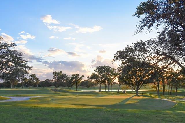 ゴルフ場のショートホール