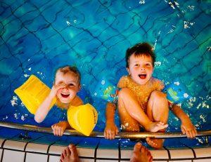 スポーツ系の習い事に水泳を始めた子供たち