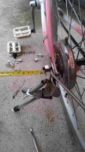 自転車をdiyする前に撮影した後輪部分